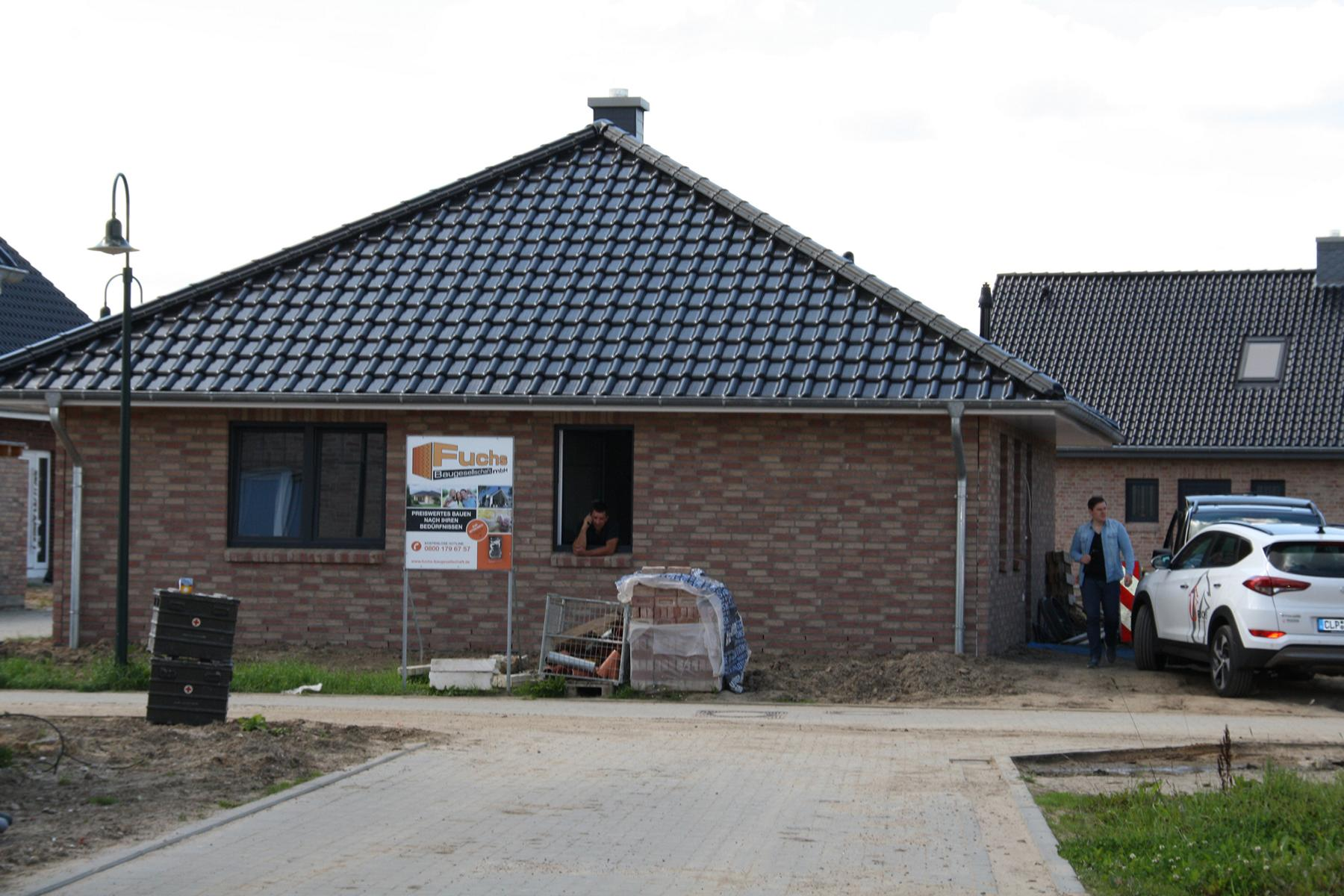 Bungalow in Haseldorf 01